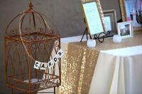 Sequence Gold table runners
