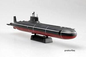 37325 Easy Model 1:700 Finished Model Submarine Soviet Navy Typhoon Class Russia