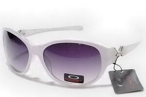 Oakley Designer Plastic Frame Sunglasses for Women |