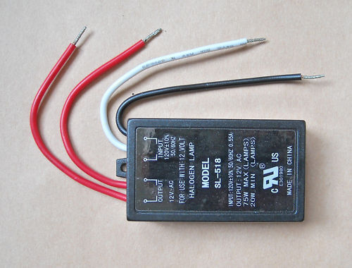 ELECTRONIC TRANSFORMER 120VAC TO 12VAC 75W MAX. HALOGEN LAMP LIGHT DIMMABLE