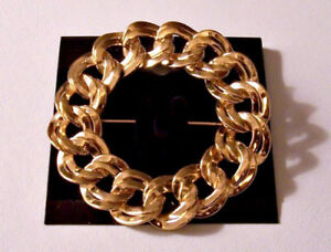 Monet Double Chain Link Pin Brooch Gold Tone Vintage Wavjewelery