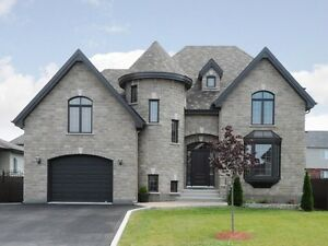 WOWWW MAISON STYLE CHATEAU A CHATEAUGUAY