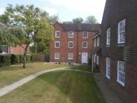 3 bedroom flat in period Manor House