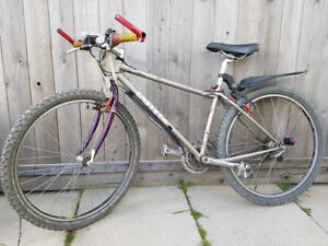 Great light weight Mountain Bike for Sale