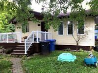 Bungalow for sale in Saint-Lazare