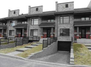 Impeccable maison de ville style contemporain (novoclimat),