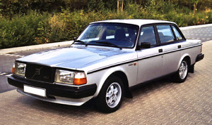 LOOKING for Volvo 240 or 740