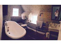 BC Sanitan white 4 piece bathroom suite inc cast iron free standing roll top bath & all accessories
