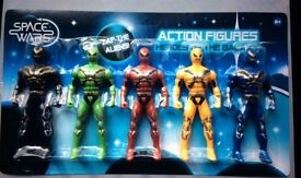 Set of 5 toy action figures