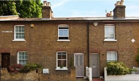 Beautiful Victorian 2 bed cottage with garden SW14 Mortlake