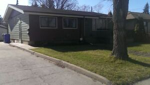 Basement Suite in NW Regina *Available Now*