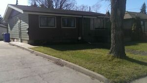 Basement Suite in NW Regina *Available April 1*