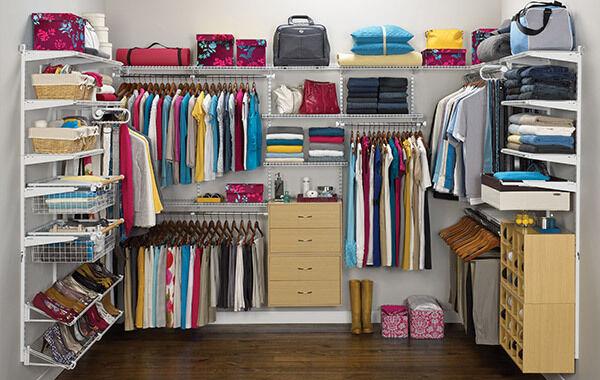 Santomil's Closet Deals