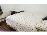 ALDGATE EAST - AWESOME DOUBLE ROOM FOR RENT IN BRICK LANE - ALL BILLS INCLUDED