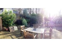 A large, 2 double bedroom flat in Honor Oak. With private park & Tennis court. off street parking.