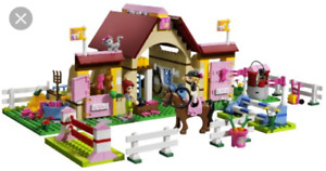 Lego Friends # 3189 Heartlake Stables