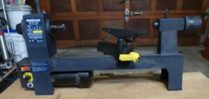 "MASTERCRAFT MINI WOOD LATHE 13.5"" MODEL 55-4501-4 VARIABLE SPEED"