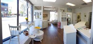 Prime Ground Level Retail / Office Space in Central Esquimalt