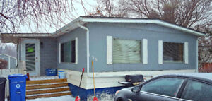 1972 Double wide 24x48 Mobile Home