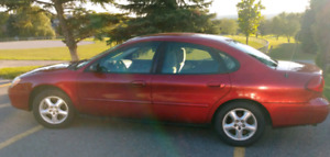 2001 Ford Taurus SE 4 Dr Sedan - One Owner