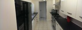 ** 5 Bed Student Accommodation in Middlesbrough   July 2017   NO SIGNING FEES / BILLS INCLUDED **