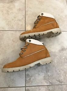 Ladie's TImberland Boots