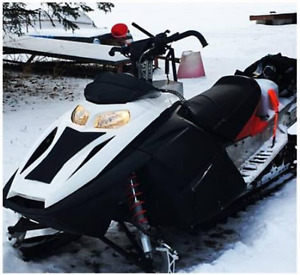 2007 Summit X - 2011 Skidoo BRP Short Block! Awesome shape.
