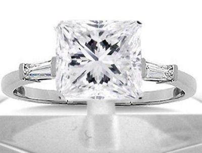 2.01 ct Princess Cut & Baguette Diamond Engagement Solitaire Ring SI1 18k gold