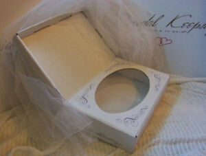 Christening-Gown-Preservation-Kit-Bridal-Veil-Storage-Whites