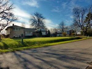 Farm For Sale / House / Barn - 15.5 Acres