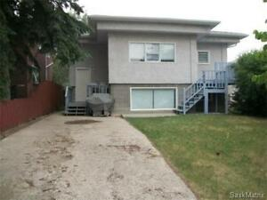 AVAILABLE IMMEDIATELY Whole house (2unites,4bedrooms