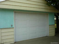 Over-sized single car garage for rent - Exhibition area