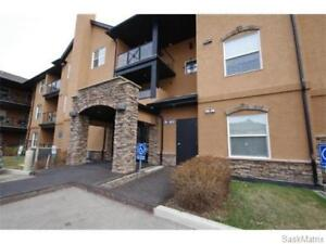 2 bedroom condo for rent in Stonebridge