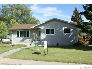 OPEN HOUSE SUN OCT. 23/16* 2-4PM* 201 Scotia Drive, Melfort