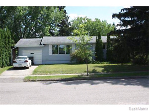 NICE Room Near University of Saskatchewan/Fronts Sutherland Park
