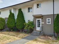 Updated 3 Bed/ 1.5 Bath Townhouse Near Tillicum Mall, Bus Routes