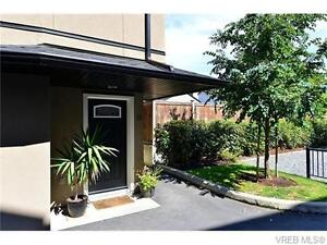 Gorge Vale Townhome - minutes to downtown