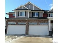 Large Modern 3 Bed/3 Bath Townhouse~Viewings This Weekend
