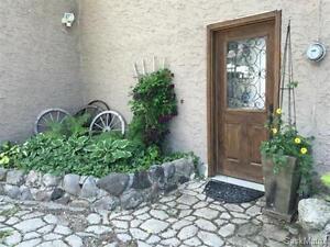 3 Bedroom Home in Lumsden, SK For Sale - 180 ELGIN CRES