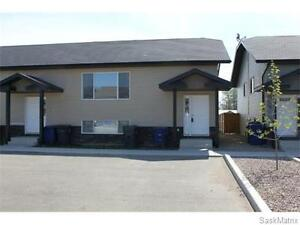 Large 5 Bedroom Bi-Level for Rent in Warman
