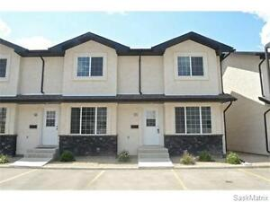 Stunning CornerUnit AAA condition 3 Bedrooms TownHouse Available
