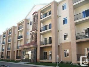 2 BEDS & 2 BATHS APARTMENT STYLE CONDO!!