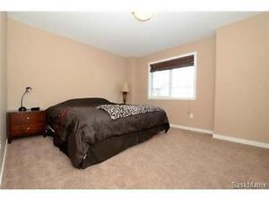 Stunning AAA condition 3 Bedrooms TownHouse Available for Rent Regina Regina Area image 2