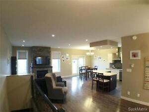 FAMILY HOME FOR RENT Moose Jaw Regina Area image 2