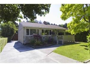 Beautiful Newly Renovated 3 Bedroom Rancher in Oaklands