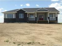 1393 SQ FT CUSTOM BUNGALOW - BLACKSTRAP LAKE!