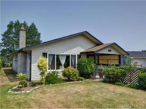 Beautifully maintained rancher for rent in Sidney