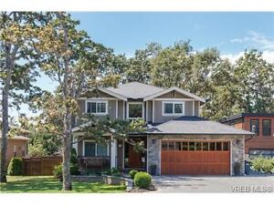 Private fully fenced yard and huge covered deck
