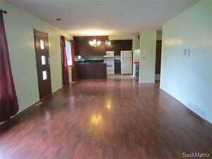 price reduced house in melville Regina Regina Area image 3