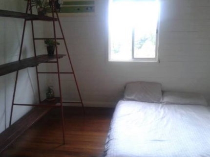 ROOM FOR RENT- Byron Bay, Tyagarah Road.
